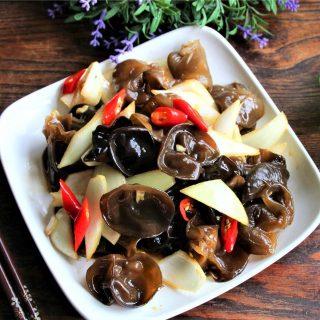 Black Fungus and onion salad recipe china cold dish