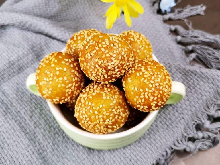 Sweet potato sesame balls Chinese breakfast street food