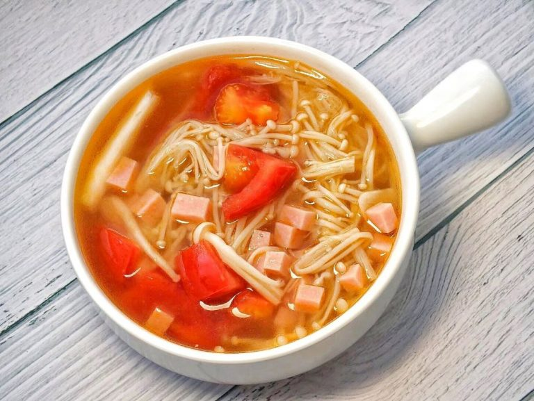 Tomato soup with Ham and Mushroom 2020