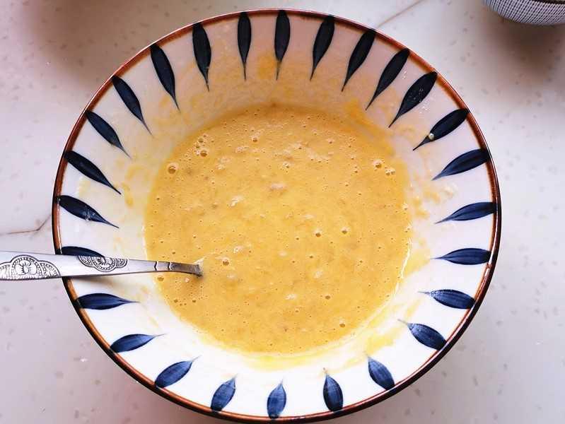 Egg and banana flour paste