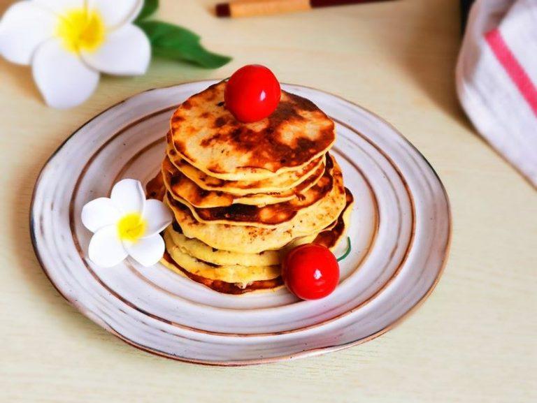 Banana and egg pancakes for brekfast