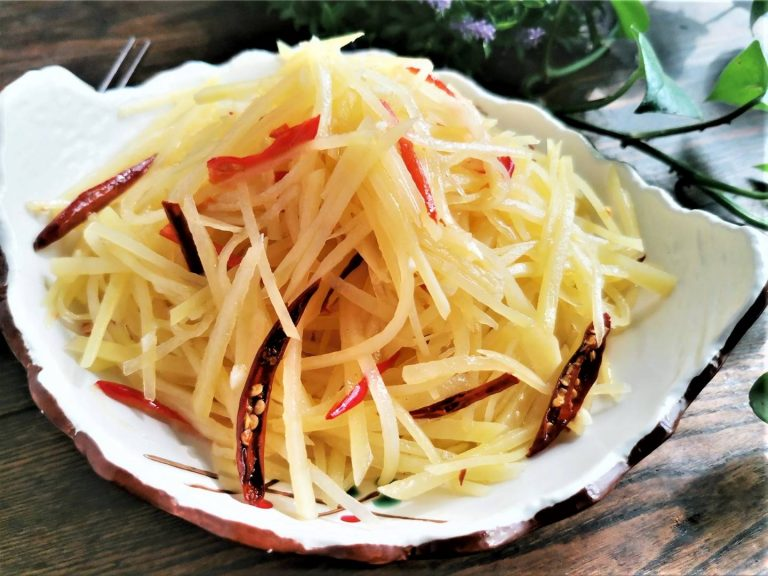 Chinese Spicy and Sour shredded potato salad summer potato floss dishes easy summer dinner recipes for family cold summer meals
