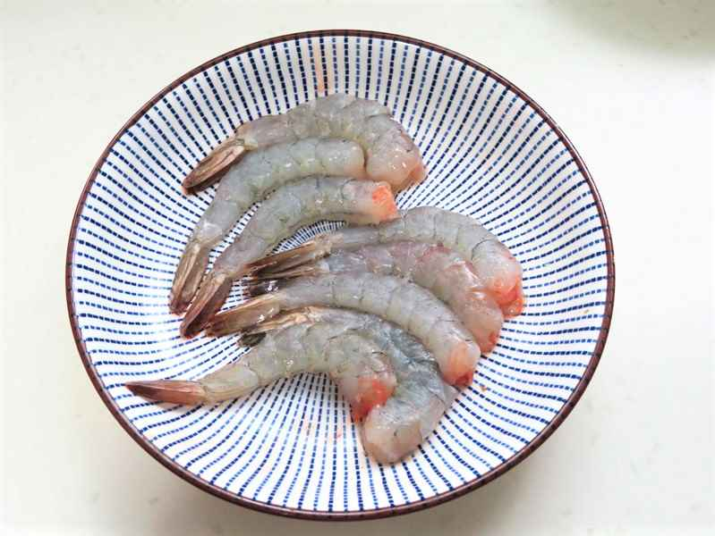 shrimps, drain and set aside