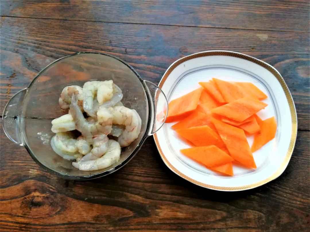 shrimps and carrots