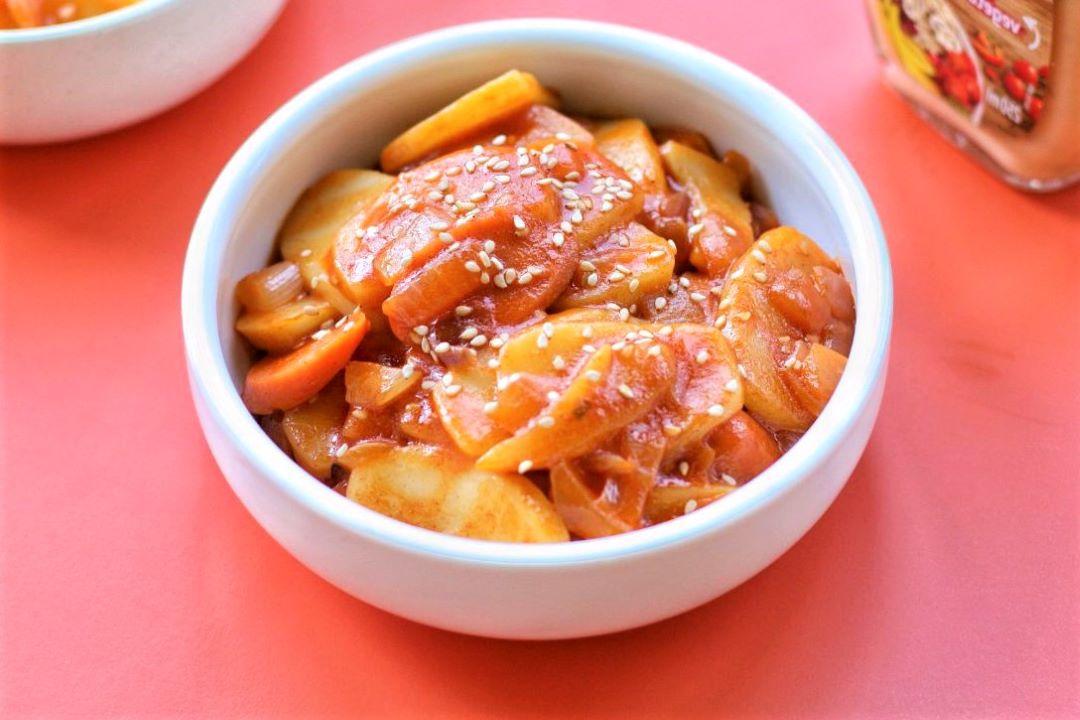 Fried ham sausage with rice cake