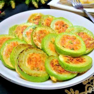 healthy breakfast for kids Zucchini slices stuffed vegetable ham filling